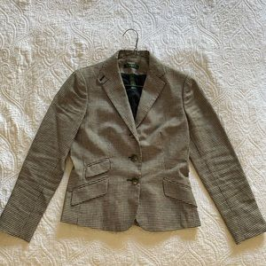 Lauren riding styled jacket Size 2 fits a 4P too.